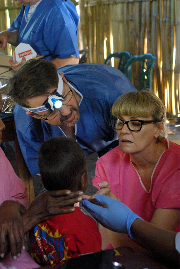 Consulting on a kids check-up